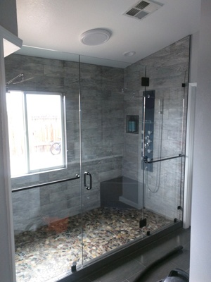 A glass shower enclosure representing the work of Victorville Glass Company Inc. servicing the San Bernardino, CA area